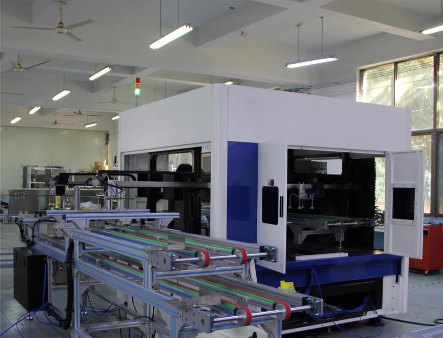 异形玻璃或镜加工自动化生产线